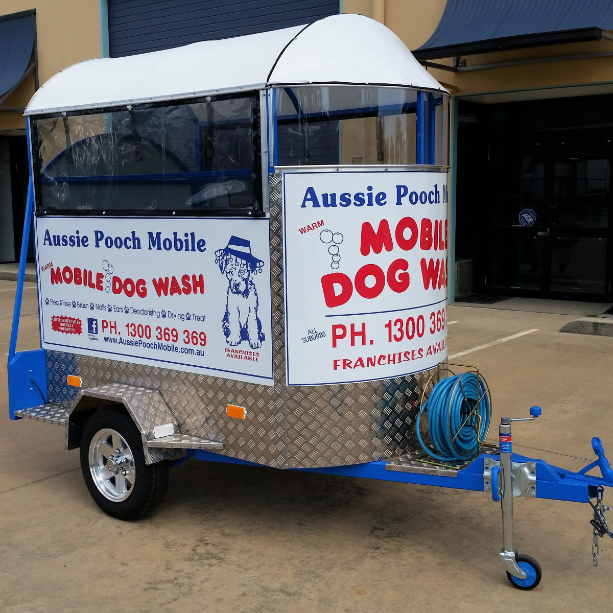 aussie pooch mobile Jim's fee for washing a dog, including blow-drying, ranged from $28-$38 alternative courses of action how will aussie pooch mobile plan and shape its future expansion a) in planning for future expansion, how will apm expand internationally the first decision should be in which countries, regions or cities to enter.