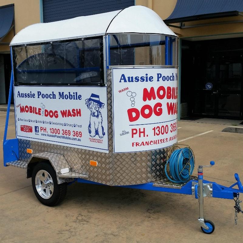 aussie pooch dog wash trailer side